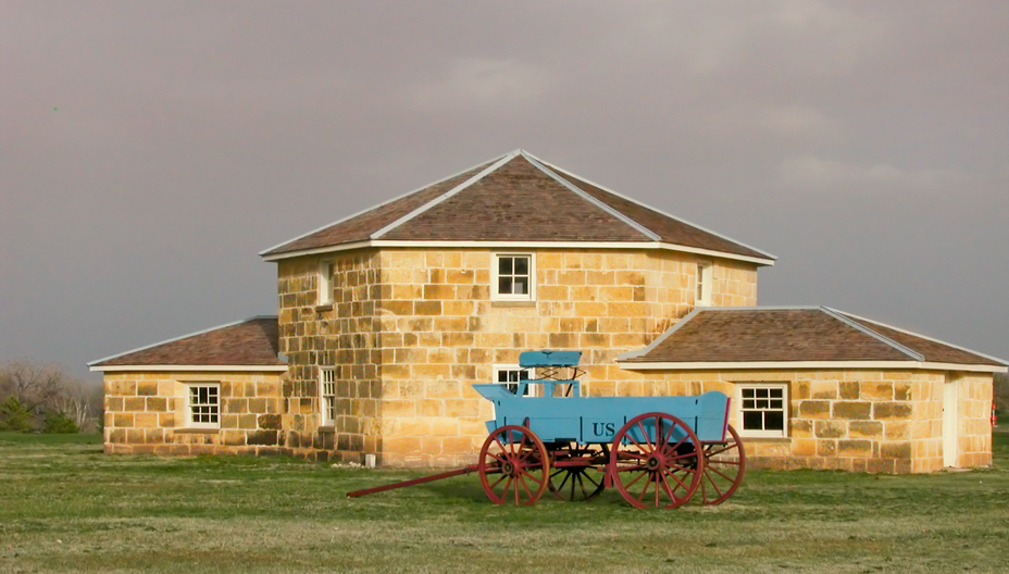 Forts Of The Frontier West Fort Hays